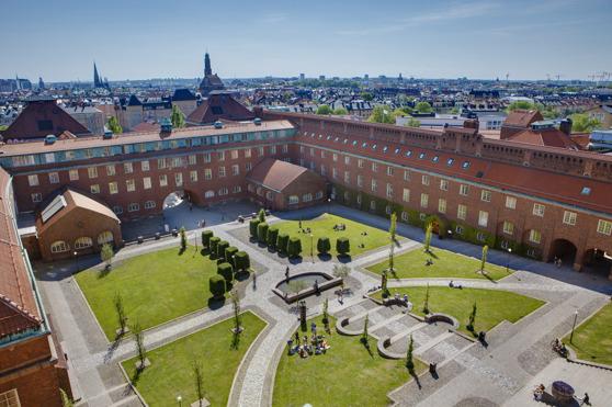 Borggården på KTH. Foto: Jann Lipka / KTH.