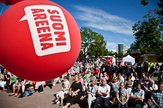 Publik på Finlandsarenan i Björneborg. Foto: SuomiAreena.