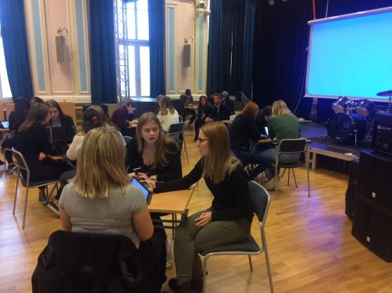 Elever runtom i Sverige deltog i massexperimentet. Foto: Anna-Carin Eliasson.