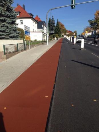 måladcykelbana färgad cykelbana cykelstråk färg infärgad cykelbana cykelpassage
