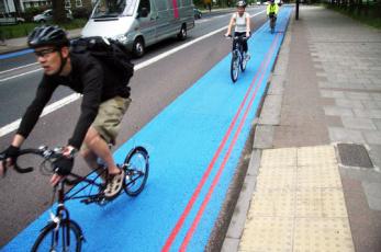 måladcykelbana färgad cykelbana cykelstråk färg infärgad cykelbana