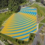 Asfaltsmålning från luftern asflatsfärg målad asfalt