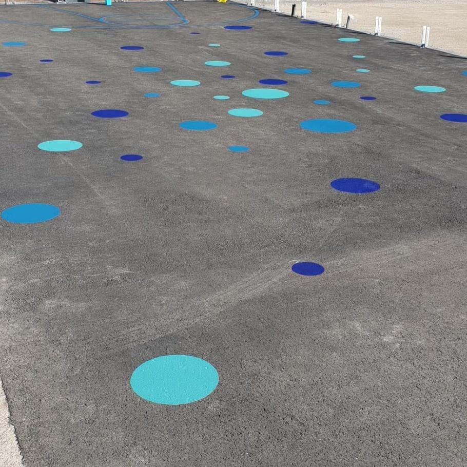 Asfaltsmålning med inframark asfaltsfärg