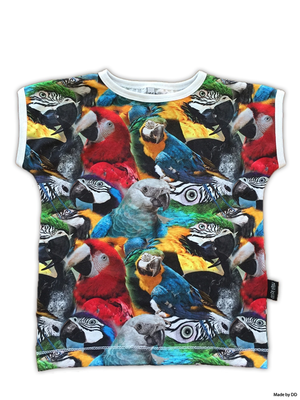 Easy tee t-shirts Made by DD parrots GOTS