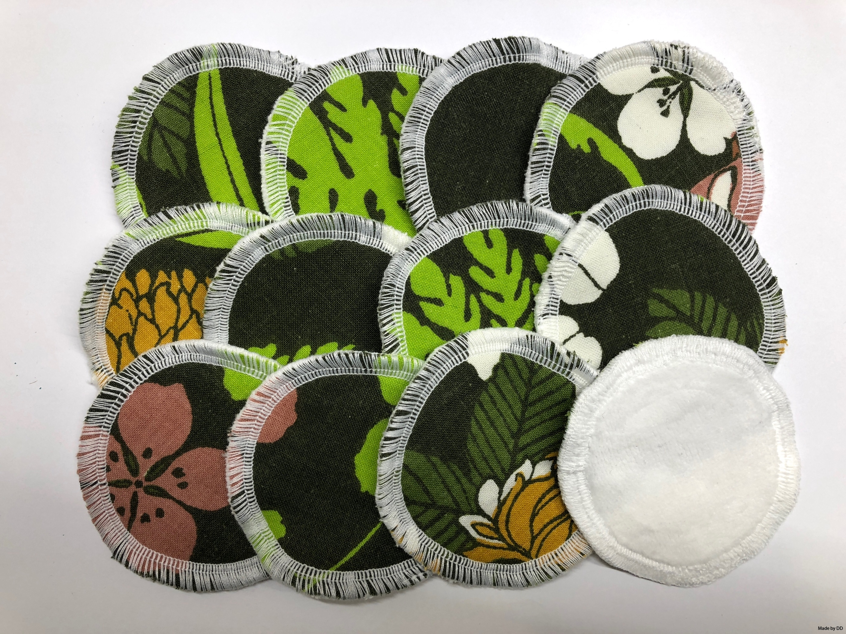 Rengöringspads rengöringsrondeller bomullsrondeller återbruk sjuttiontalstyg bomullsvelour ekologiskt GOTS made by dd flerfärgad
