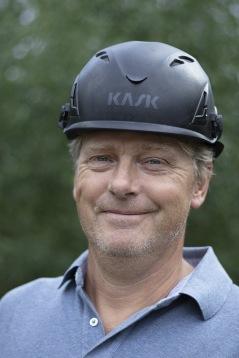 Välkommen att kontakta Christer Hjälmefjord på Fjord Consulting för utförande av täckskiktsmätning