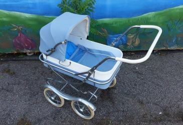 Barn/dockvagn. Sänkt pris, nu 450 SEK