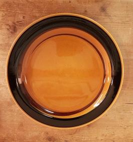 """4 st mattallrikar Rörstrand """"Tuna"""". Diam. 23,5 cm. Fint skick. Flintgods. Carl-Harry Stålhane, i produktion 1971-79. 160 SEK"""