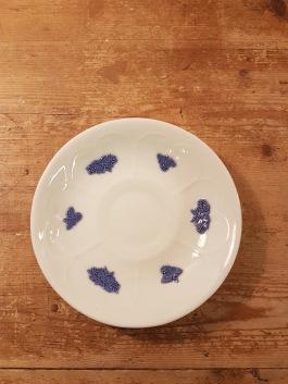 """Tefat Gustavsberg """"Blå Blom"""". Diam. 13,5 cm. En lite missfärgad. Finns 5 st. 20 SEK/styck"""