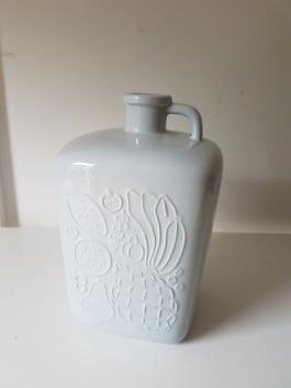 "Hänkel vas ""Aromatic"" Gefle. Design Sven Erik Skavonius. Höjd 16 cm. Fint skick. 75 SEK"