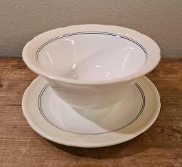 "Soppskål Aluminia ""Poul"" (3).  Diam. upptill 15,5 cm. Höjd 8 cm. Fint skick. 50 SEK/st"