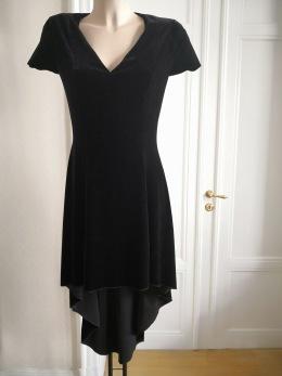 Dress like a Rockstar - Rockstar V 102- V-ringad halsringning, sammet, svart