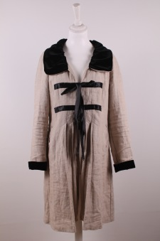 Vanja 103- kappa - Vanja 103 kappa, linne, sammetskantningar, naturell