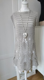 Daniella - Daniella handgjord klänning, beige