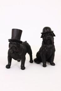 Joy Bulldogs - Joy bulldog stående med höghatt