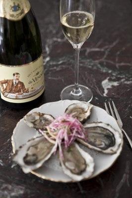 Champagne_ostron_Foto_deVenoge