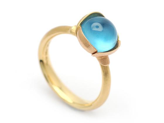 Moderna 9:2, Nr- 223, OLE LYNGGAARD, ring Lotus, 18K rött:rosa guld, design Charlotte Lynggaard.