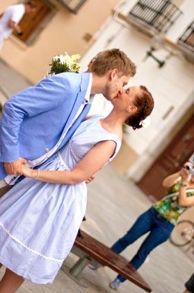 Anna-Karin och Hans gifte sig utomlands