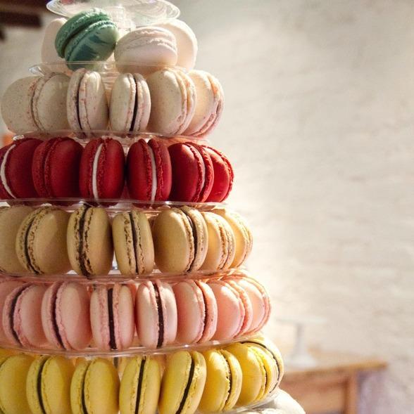 macaroons bröllopstårta