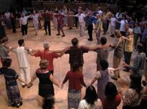 Sacred Dance i Universal Hall