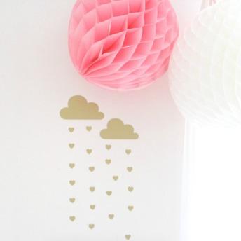 Wall stickers - Regnmoln med hjärtan - Guld