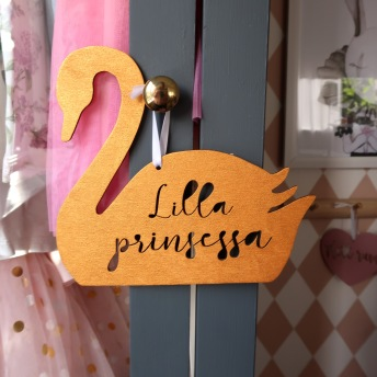 Träskylt guld - Lilla prinsessa -