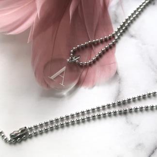 Halsband - Välj egen bokstav 1-3 brickor - 1 bricka + kedja