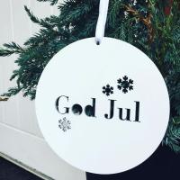 På köpet - Träskylt God Jul