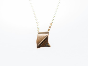 Hänge i guld/ Gold pendant