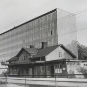 Gamla och nya Sundbybergs Station 1960