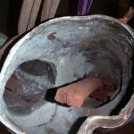 Det gamla järnskelettet byts ut mot syrafast rostfritt stål.