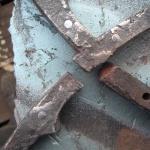 Staketet ersätter de gamla lagningarna med svetsning.