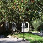 Ställningen för gravlyktorna färdiga och monterade på plats.
