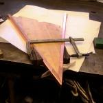 Kopparram tillverkas och monteras på trästommen av ek.
