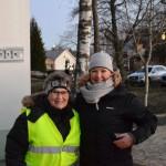Anita och Pernilla delade ut tipslappar