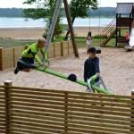 Kommunen har rustat upp lekplatsen
