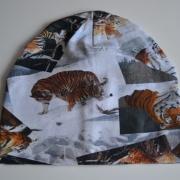 Burken mössa med tigrar