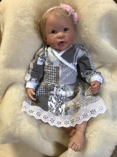 Bodyklänning till baby romantiskt mönster - Bodyklänning romantik st 56