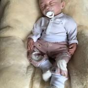 Byxor svanar till baby