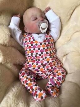 Prematur kläder till barn födda prenature