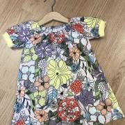 Singoallaklänning sommarblommor ekologisk bomull
