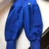 Babybyxor klarblå ekologiskbomullstrikå - Klarblå babybyxor stl 62