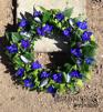 Formbunden krans - Blommor & blåmusselskal