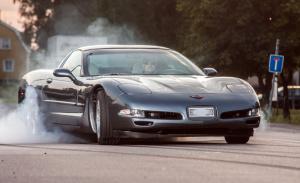 Startnummer.13 Magnus från Linköping ställer upp med sin fina Chevrolet Corvette C5  2004
