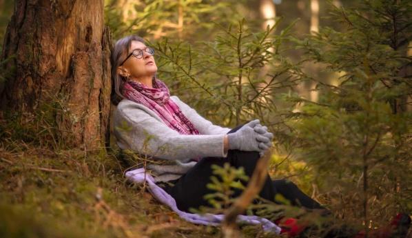 Healing i Falkenberg, Halland. Behandling med healing hos naturterapeut Yvonne Roobol i Vessigebro utanför Falkenberg
