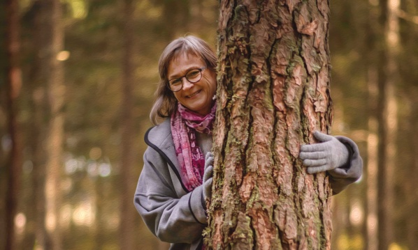 Samtalsterapi i Falkenberg. Samtalsterapeut Yvonne Roobol ger möjlighet till samtalsterapi i lugn & trygg miljö i sin samtalsstudio mellan Falkenberg & Ullared.