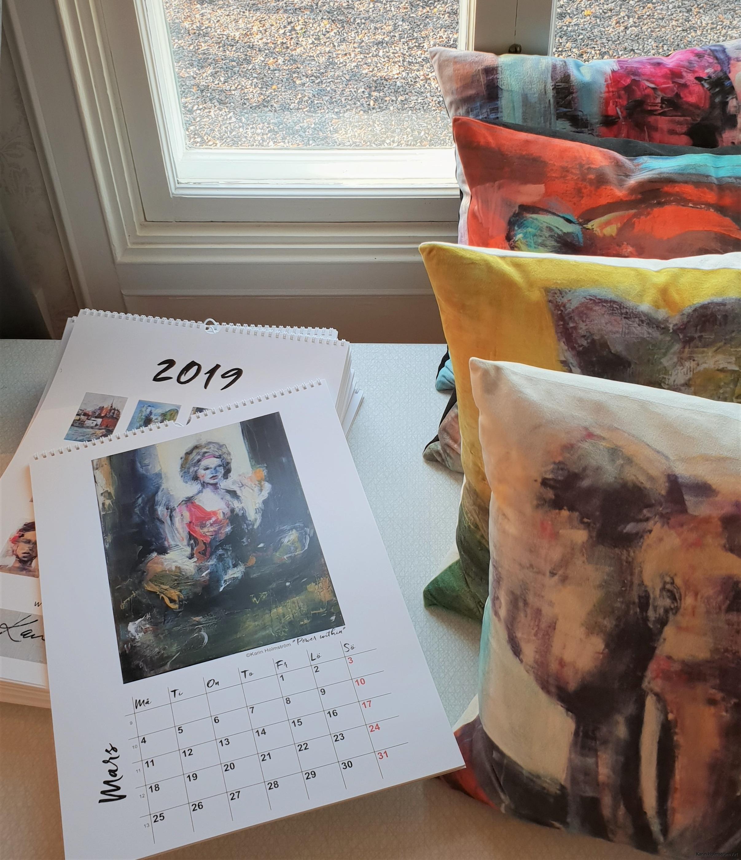 kalendrar och kuddar