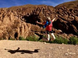 Spännande klippformationer i Dades, Marocko