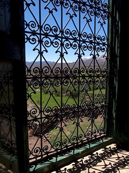Utsikten från det gamla pashapalatset i Telouet är sagolik.