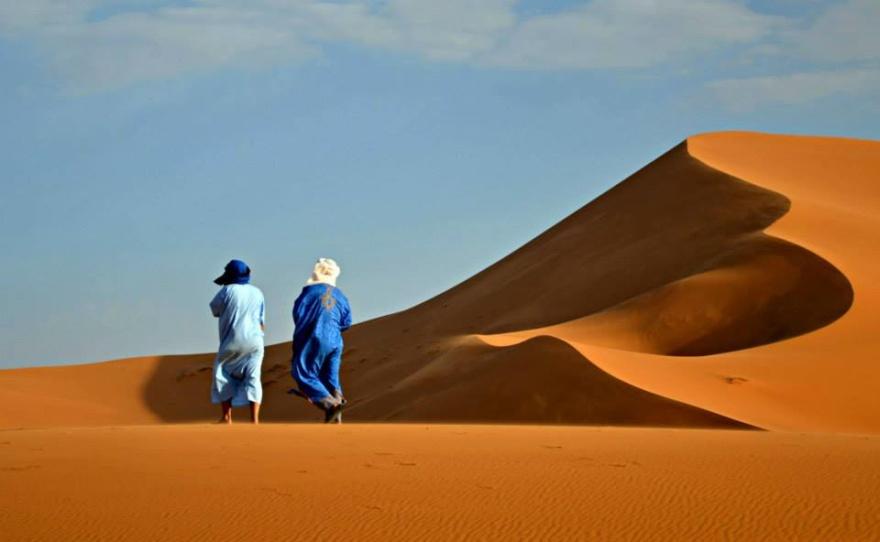 Upplev Saharas magiska sanddyner, och bo i tält under Marockoresans 13-dagarsresa Marocko på riktigt!
